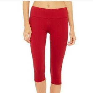 Alo red legging crops